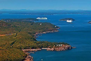 Scenic Flights of Acadia :: The best way to see the island! You will get a birds eye view of Bar Harbor, Acadia National Park, Coastal Lighthouses, & other attractions. 5 popular flights to choose from!