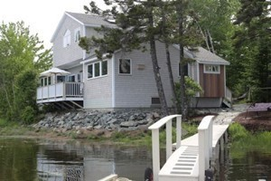 Ann's Point Cottages :: Waterfront vacation rental cottages on beautiful Mount Desert Island. Cottages are located in Bass Harbor, Seal Harbor, or on the lakefront paradise of Hodgdon Pond!
