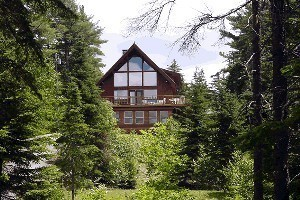 Acadia Bayview Cottages :: 6 unique Bar Harbor Maine waterfront cottages nestled along the shore of Frenchman's Bay. All minutes away from Acadia National Park, Northeast Harbor, & Southwest Harbor.