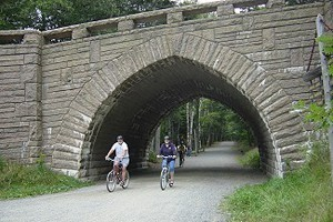 Acadia Bike - Bike Rentals : There's no better way to experience Bar Harbor & the Carriage Roads in Acadia National Park, than by bike! We have the largest fleet of rental bikes, mountain bike or hybrid.
