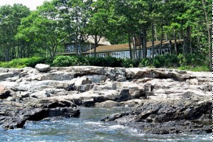 Bar Harbor Acadia Cottage Rentals :: Variety of properties for weekly or summer rentals. Oceanfront, ocean view, Bar Harbor, Village houses, private wooded properties, lakefront, all close to Acadia Nat'l Park!