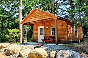 Hadley's Point Campground - pets welcome :: Our brand-new, hand-crafted cabins are the perfect way to enjoy the camping experience while enjoying the comforts of home. 14 cabins: 16 x 16. Two pet limit per cabin.