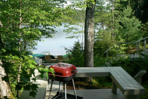 Quietside Properties - on the Bay with great views :: Waterfront vacation rentals on beautiful Mount Desert Island, near Acadia National Park. All cottages on, or with views of the ocean in Bass Harbor or Southwest Harbor.