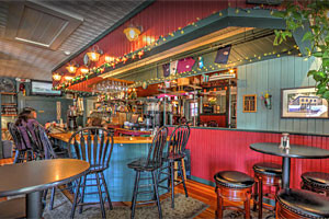 Cafe Drydock & Inn - colorful & delicious