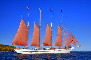 Bar Harbor Villager - sailing, dining & tour pkgs