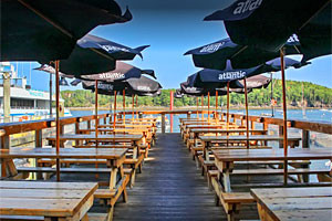 Best Seafood Dining & Bar on the Water
