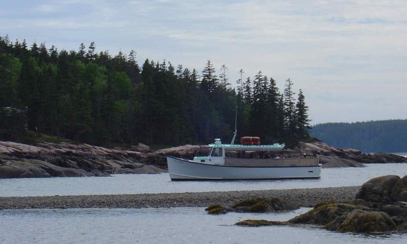 Bar harbor maine boating sailing boat rentals marinas for Fishing boat rentals near me